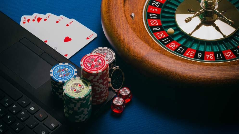 NGA Warns South Africans Over Illegal Gambling Online